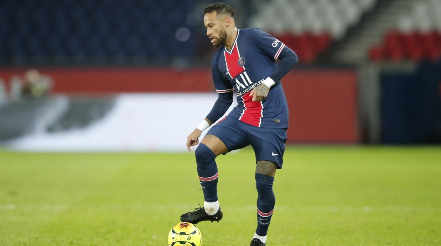 Neymar v zápase Paris Saint-Germain - Angers