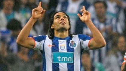 Falcao porto goool ruky do neba maj2011