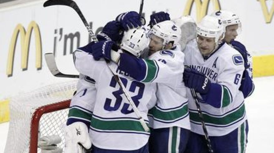Vancouver canucks postup do semifinale playoff 2010