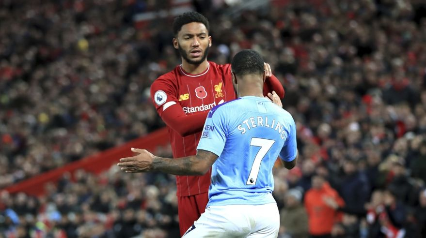 Joe Gomez a Raheem Sterling