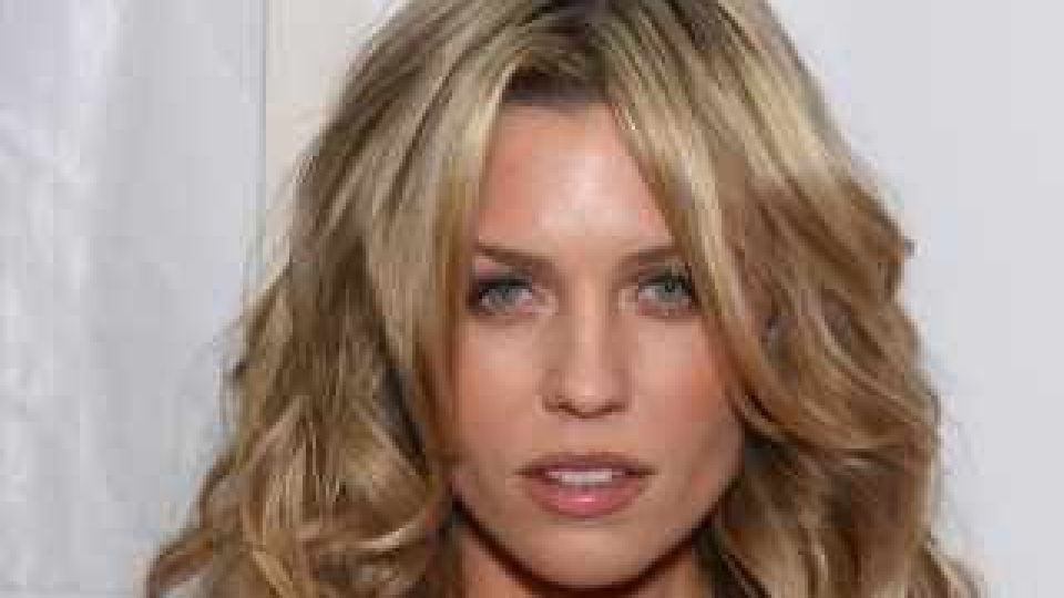 Abbey clancy modelka crouch