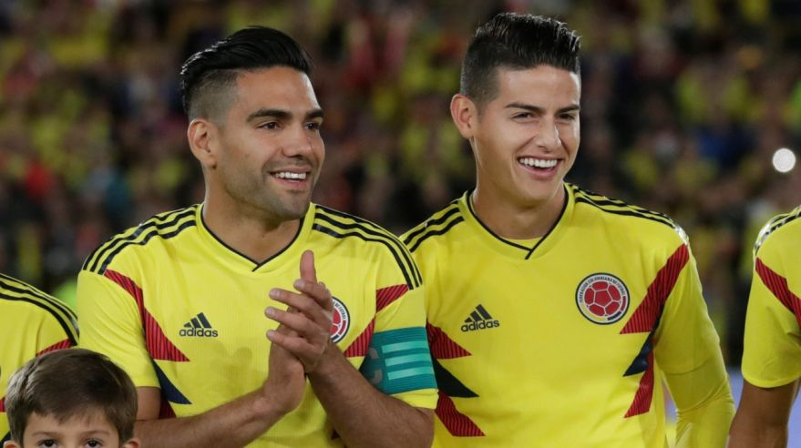 Radamel Falcao a James Rodrigues.