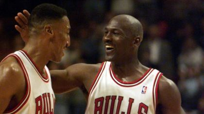 Scottie Pippen a Michael Jordan.