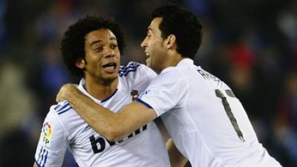 Marcelo a arbeloa real madrid goool feb2011