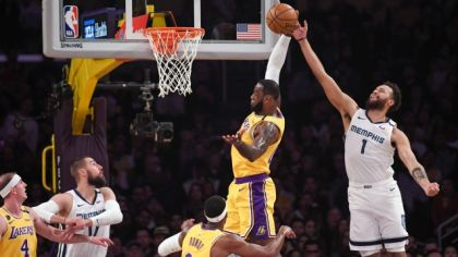 LeBron James v zápase Los Angeles Lakers - Memphis Grizzlies
