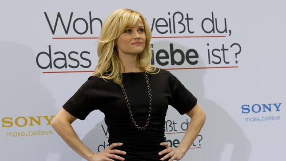 Reese witherspoon profileeez  .