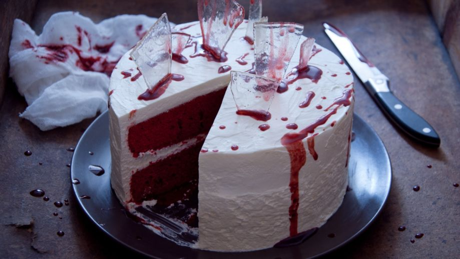 Halloweenska torta Red Velvet