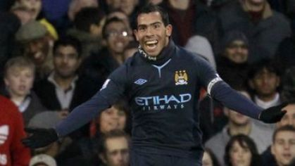 Tevez manchester city goool vs fulham november2010