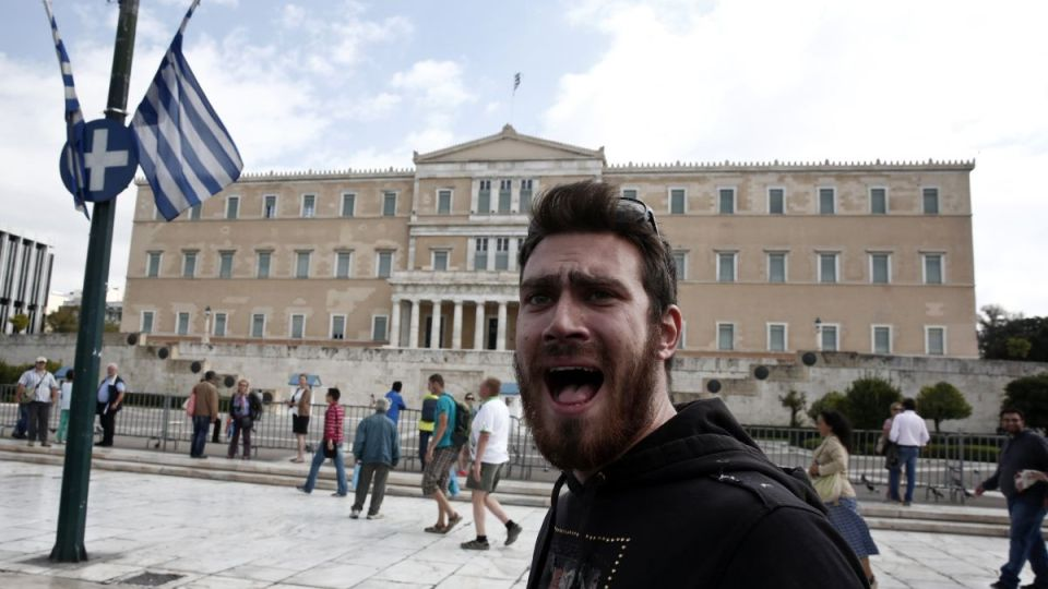 Demonstrant protestant grecky parlament grecko ateny  reuters