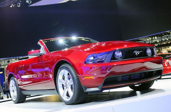 2010 ford mustang bocny