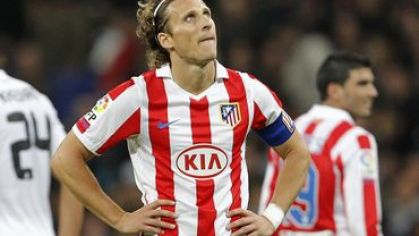 Forlan atletico vs real madrid bozeee november2010