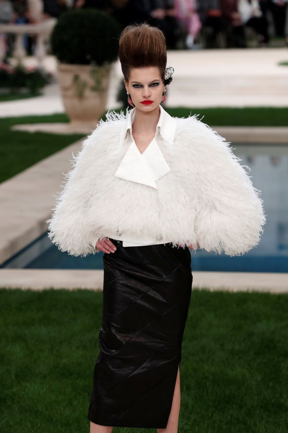 Outfit - Karl Lagerfield