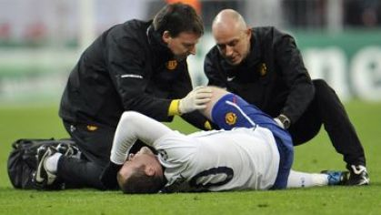 Rooney wayne man utd vs bayern injury