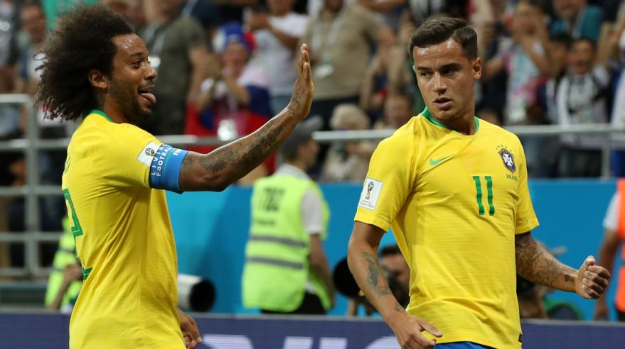 Marcelo a Philippe Coutinho.