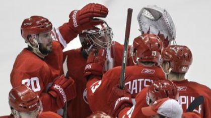 Detroit red wings playoff zvrat