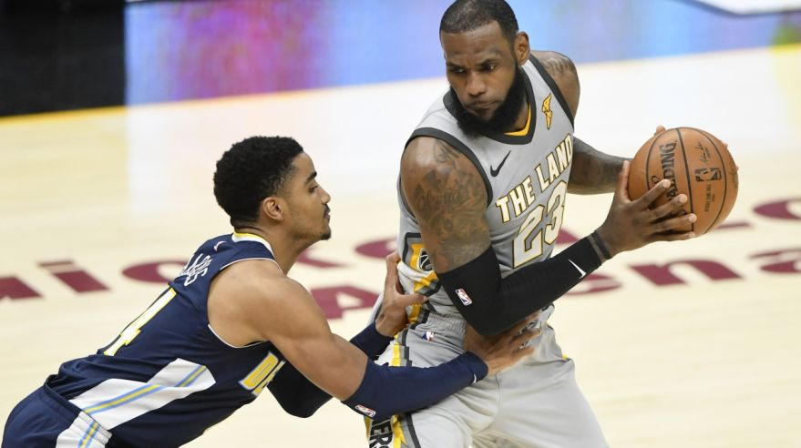 Gary Harris (Denver Nuggets) a LeBron James (Cleveland Cavaliers).