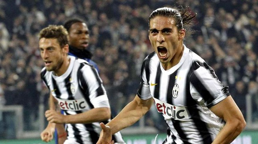 Caceres juventus goool vs inter milano mar2012 reuters