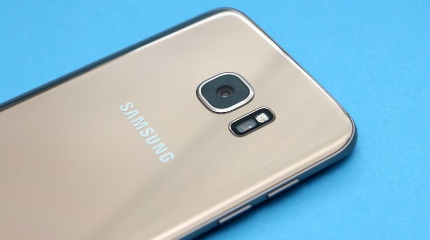Samsung Galaxy S7 vs. S6