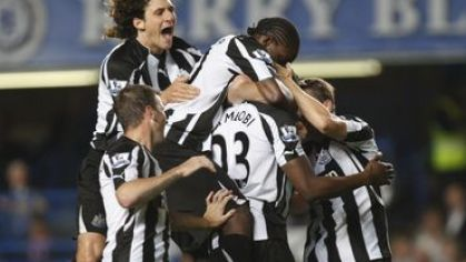 Newcastle hraci radost vs chelsea carling cup