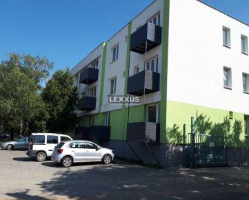 LEXXUS-PREDAJ, 3-podlažný bytový dom s parkoviskom, Hlohovec.