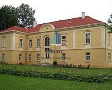 Hrachovo okr. Rimavská Sobota predaj areálu renesančného Kaštieľa s budovami na pozemku v parkovej úprave 24 830 m2.