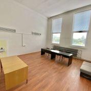 Kancelárie, administratívne priestory 40m2, čiastočná rekonštrukcia