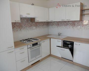 Predaj nadštandardného 3 izbového bytu na Smolenickej ulici v Petržalke (videoprehliadka)