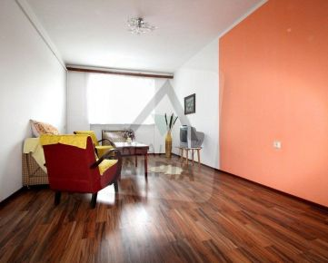 Tehlový rodinný dom s pozemkom, /288 m2/, Rajec - Centrum