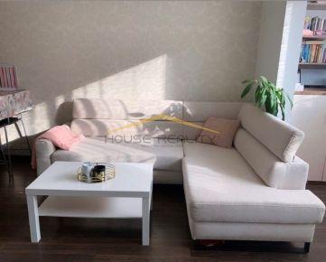 Predaj pekný 2 izbový čiastočne zariadený byt s parkovaním v NOVOSTAVBE, Pribišova ulica, Bratislava IV Karlova Ves, Dlhé Diely