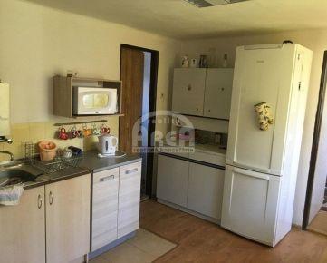 Ponúkame na predaj rodinný dom v obci Senné