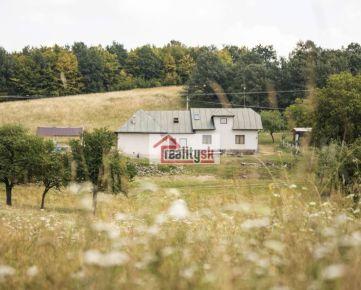 Veľký dom na samote pri lazoch generujúci príjem
