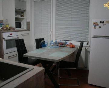 ZNÍŽENÁ CENA! 3. izbový byt v kľudnej lokalite mesta Nitra