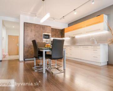 TUPÉHO, 4-i byt, 127,81 m2 - ŠTÝLOVÁ rezidenčná štvrť, SÚKROMIE, pohodlie a príroda, VÝHĽAD NA MESTO