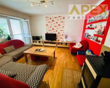 Rezervovaný - Exkluzívne APEX reality 4i. RD v Leopoldove, pozemok 704 m2, pivnica, garáž, všetky IS