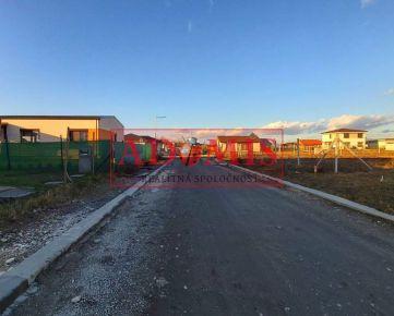 REZERVOVANĚ ...ADOMIS - predáme stavebný pozemok v novej a tichej časti Krásna - Košice, Záhumnie