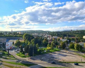 REZERVOVANE: 3i, OV, Staré mesto, Tatranská, 74m2 + loggia