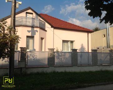 Ponúkame na predájom Rodinný dom Bratislava - Lamač, Segnáre