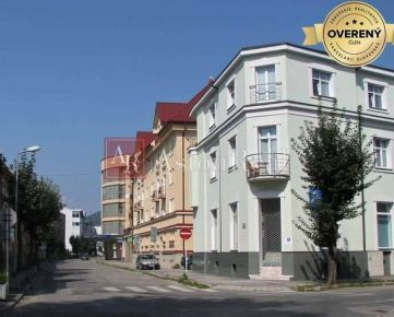 KÚPA: 2-izbový byt s balkónom, pôvodný stav, Centrum - ul. Republiky