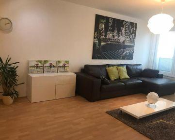 Prenájom veľký moderný 2 izbový byt s garážovým státím, Trnavská ulica, Bratislava III.Nové Mesto