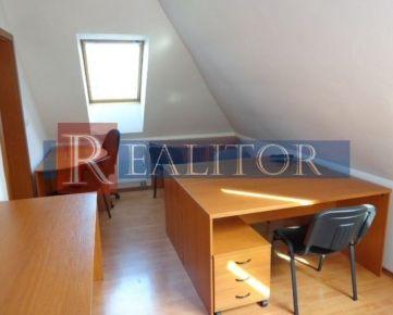 Prenájom - komerčný priestor 23 m2 na podnikanie, Banská Bystrica.
