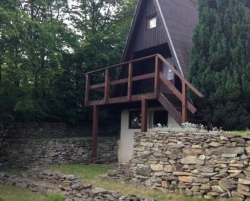 Kuchárek-real: Ponuka chaty v tichom a krásnom prostredí Malých Karpát.
