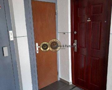 Predám 3 izb Byt Presov exkluzívny-k dispozícii komplet zariadený