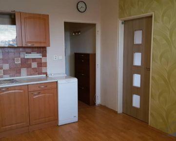 PRENÁJOM - 1 izb. byt v Nitre na Chrenovej.
