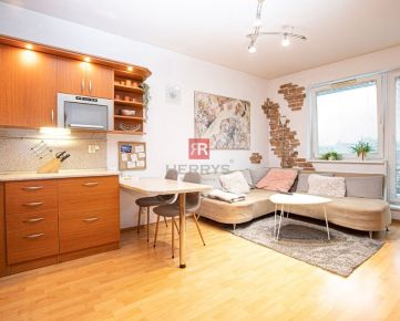 HERRYS - Na prenájom útulný 2 izbový byt,v blízkosti jazero Kuchajda a Fresh market