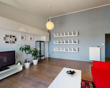 KRÁSNY 2. PODLAŽNÝ byt o rozlohe 97,5 m2 s terasou /Nivy /TOP lokalita