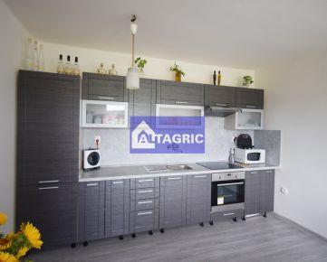 3246 Na predaj exkluzívny rodinný dom v Marcelovej po kompletnej rekonštrukcii
