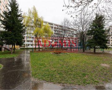 REZERVOVANÉ - predám 3-izb.byt - pražský typ, pôvodný stav, Košťova, Košice - Juh