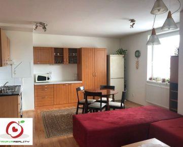 TRNAVA REALITY  ponúka na predaj pekný 2-izbový byt s balkónom vo Vlčkovciach