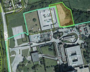 Pozemok 2 661 m2 určený na komerčné účely