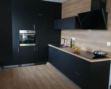 Na prenájom 3-izbový PLNE ZARIADENÝ byt v novostavbe Galanta WEST
